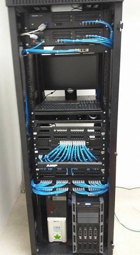SmallNET quản trị hệ thống server an toàn, ổn định