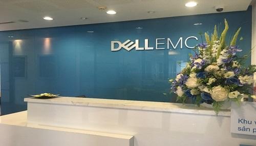 SmallNET rất tự hào là đối tác cung cấp dịch vụ IT và quản trị hệ thống của DELL EMC.