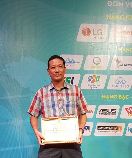 SmallNET nhận chứng nhận kết nạp thành viên của HANICT