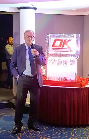 Tổng Giám đốc DK Engineering - Mr. Dan S. Christensen đọc diễn văn khai mạc
